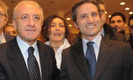 Anche la Campania di Vincenzo De Luca è nei guai per la gestione dei migranti