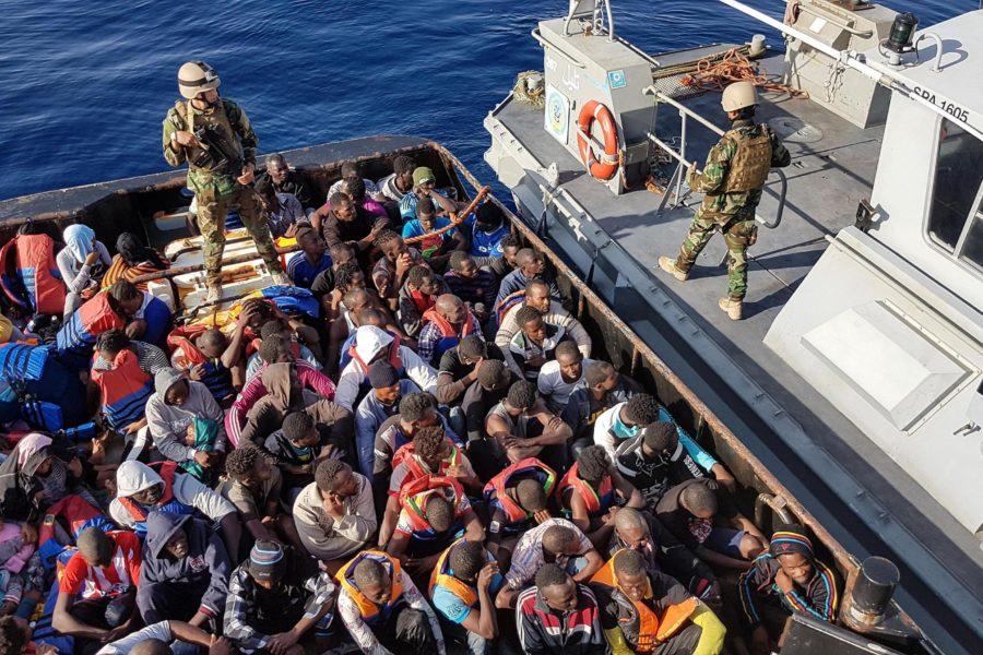 La Sicilia è ancora dei Siciliani o di chi 'armeggia' con i migranti?