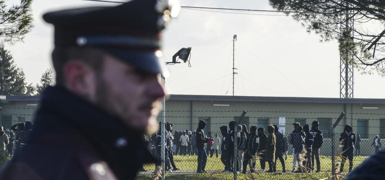 Nuova fuga di migranti: tocca a Ragusa, da dove se la sono dati a gambe in 28!
