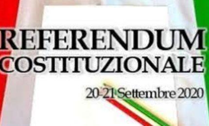 I Siciliani? Ignorare il referendum sulla riduzione dei parlamentari e alle elezioni politiche nazionali...