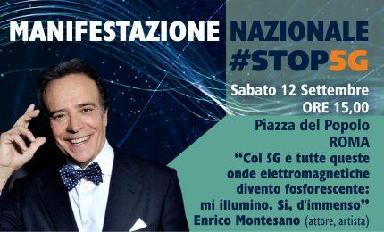 """Manifestazione di Roma sul 5G. Enrico Montesano: """"Hanno messo le antenne mentre eravamo tutti confinati"""" (VIDEO)"""