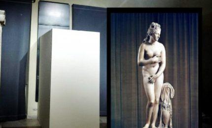 """PD e grillini vogliono rivestire le statue nude per non offendere """"altri popoli e altre culture"""". E i dipinti?"""
