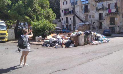 """""""Che offriamo ai turisti che vengono a Palermo? Degrado, sporcizia, incuria e abbandono""""/ PALERMO-CITTA' 44"""