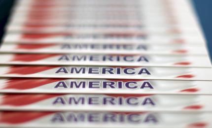 Le elezioni americane bloccate da 300 mila schede scomparse. Nessun vincitore fino a Gennaio. Poi.../ SERALE