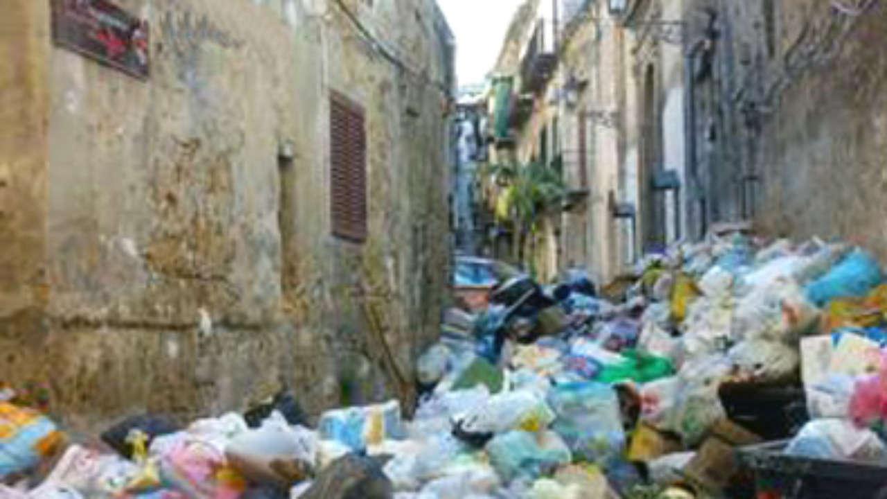 Palermo città senza futuro: ZTL in piena pandemia a TARI senza sconti ai commercianti!
