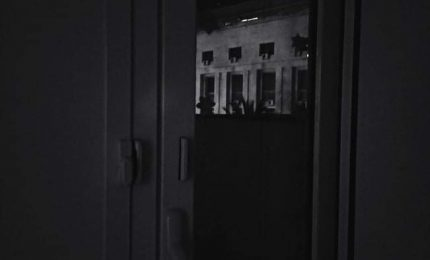 Elogio del buio in una città dove la luce fa solo emergere il brutto/ PALERMO-CITTA 66
