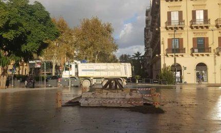 Palermo: e il cipresso di Natale 'porta attasso' sparì! Perché non sostituirlo con una carrozza del Tram?