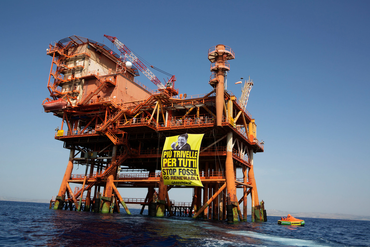 Il ritorno delle trivelle in mare, Ignazio Corrao e Angelo Bonelli chiamano in causa i Ministri grillini Patuanelli e Costa