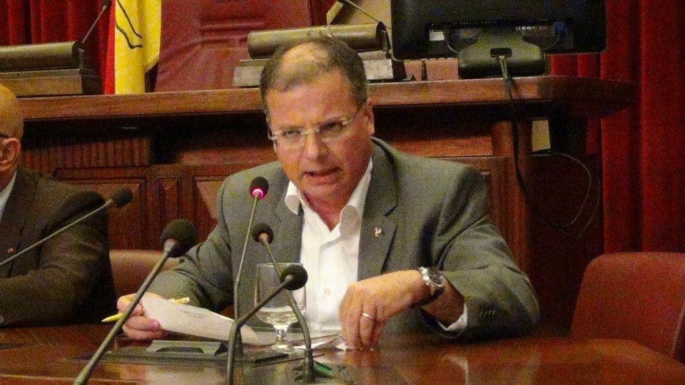 Come liberare la Regione siciliana dal disavanzo: 1,7 miliardi + i 5 miliardi di euro già 'spalmati' negli anni futuri