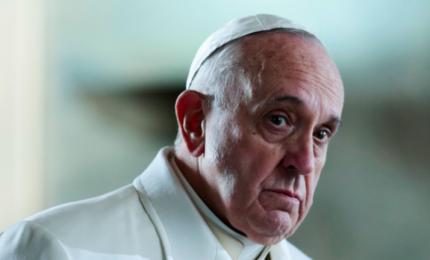 Diego Fusaro: con Papa Bergoglio la cura delle anime cede alla cura del corpo (con il vaccino)