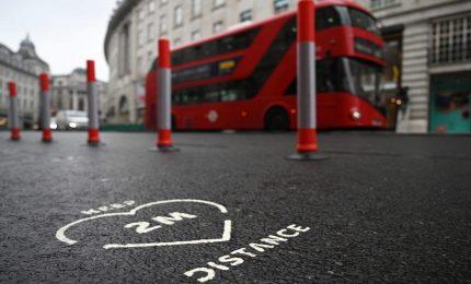 Covid-19: il Daily Mail scrive che nel Regno Unito si temono 2 mila decessi al giorno