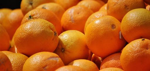 Che arance portiamo sulle nostre tavole? Che pesticidi ingeriamo? E in che dosi? L'inghippo targato Ue!