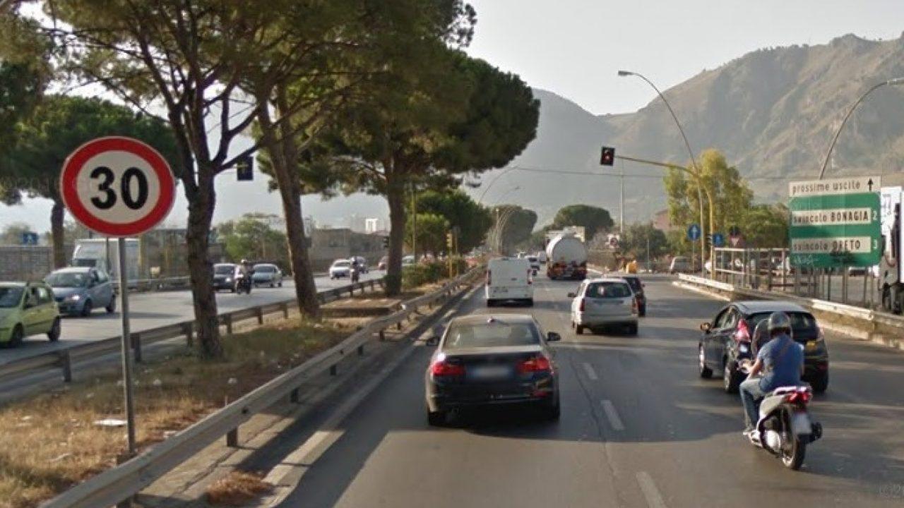 Il Sinalp sul Ponte Corleone di Palermo: l'autovelox appesantisce il carico e aumenta il rischio crollo/ SERALE