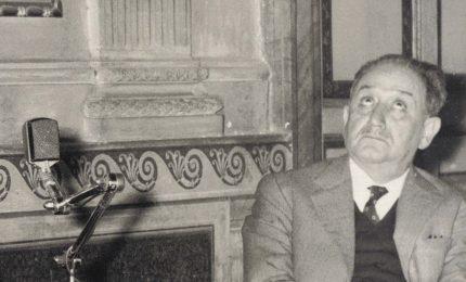 """""""La scuola dei dittatori"""", da Ignazio Silone all'Unione europea dell'euro, fino al Governo Draghi/ MATTINALE 519"""