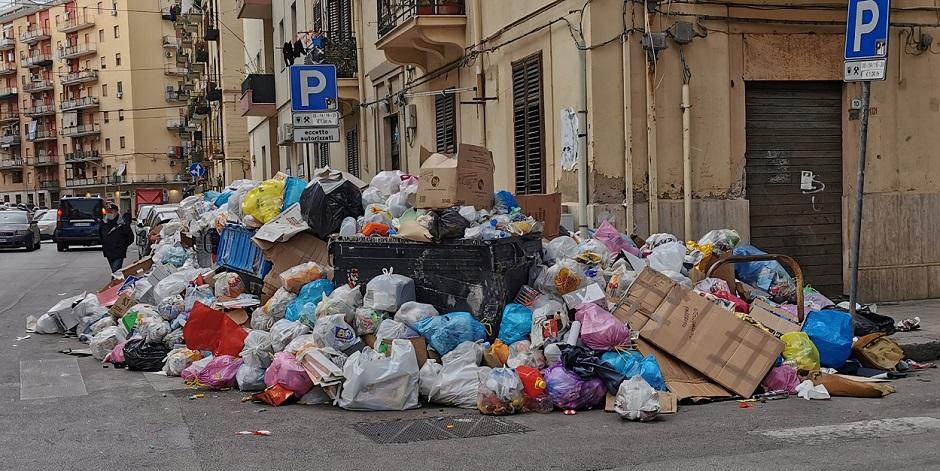 Palermo sempre sporca e piena di discariche: è un 'sistema'? E chi c'è dietro?