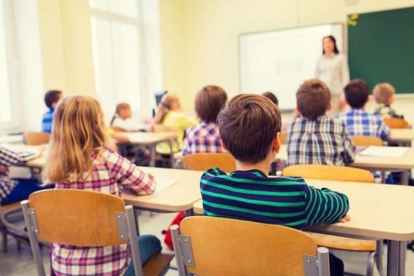 """Cresce il rischio di chiusura delle scuole, Pacifico (Anief): """"Serve un piano B"""""""