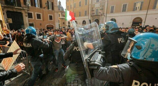 Proteste di piazza contro le chiusure-Covid: Governo Draghi sempre più in  difficoltà - I Nuovi VespriI Nuovi Vespri