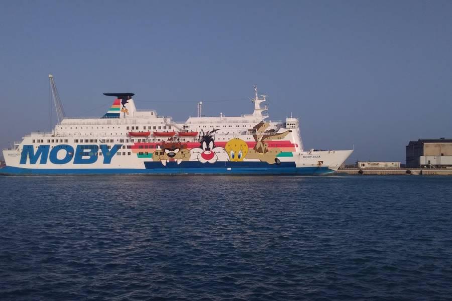 Il Governo Draghi pronto ad affittare 5 navi a 36 mila euro al giorno per ospitare migranti (+25 euro al giorno per migrante)