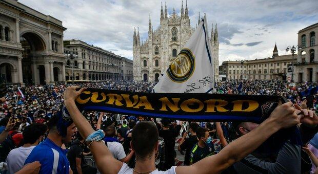 L'Inter vince lo scudetto e a Milano vie e piazze invase dai tifosi. L'emergenza Covid è finita?