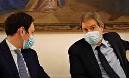 Presidente Musumeci, assessore Razza, dirigente generale La Rocca: è proprio necessario l'Open day Johnson & Johnson?/ MATTINALE 499