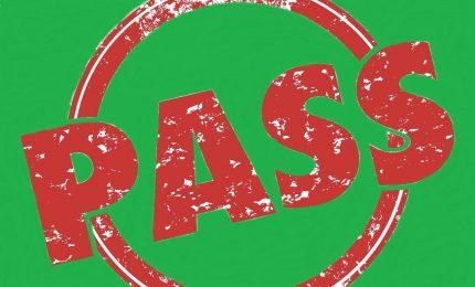 Proposta di gestione green pass per evitare problemi nei bar, nei ristoranti e nel commercio