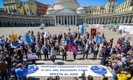 Manifestazione a Roma contro gli scippi ai danni di Sud e Sicilia: finora l'unico presidente di Regione che ha aderito è Michele Emiliano/ SERALE