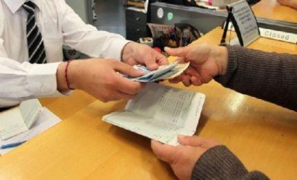Le banche (del Nord) in Sicilia lasciano 120 piccoli Comuni senza sportelli e non assumono personale e...